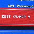 Jak dwóch naszych rodaków uparło się, by odblokować BIOS laptopa
