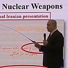Broń jądrowa, sejfy, komandosi, palniki i konferencja prasowa