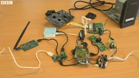 Urządzenia podsłuchowe (źródło: BBC)