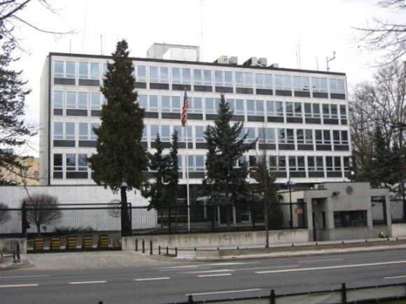 Ambasada USA w Warszawie (źródło: Gazeta.pl)