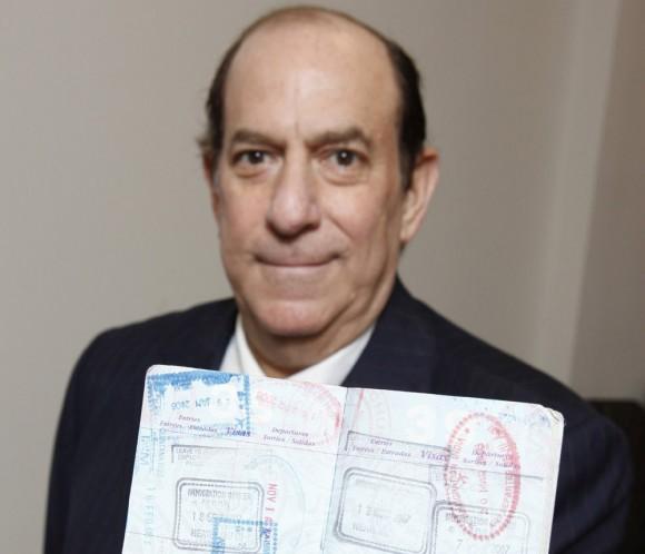 Steven Rothstein i jego paszport